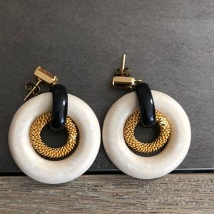 Ivory and gold circular dangling earrings